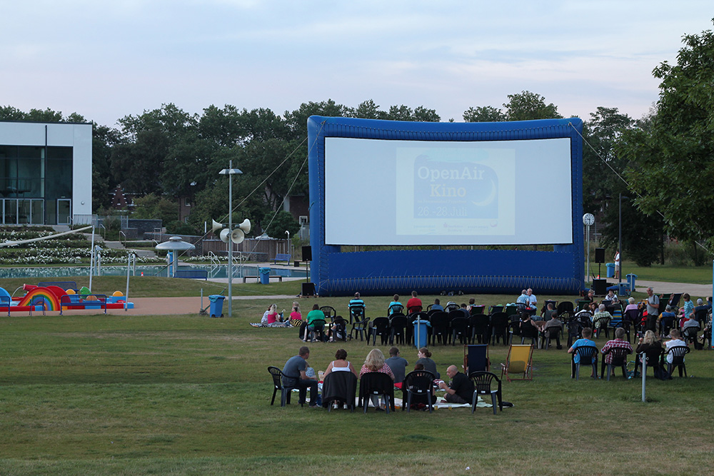 open_air_kino_2013_7_20130808_1163811615
