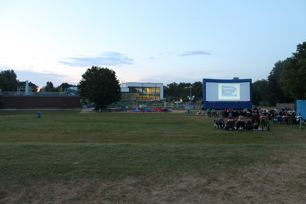 open_air_kino_2013_8_20130808_1803649881